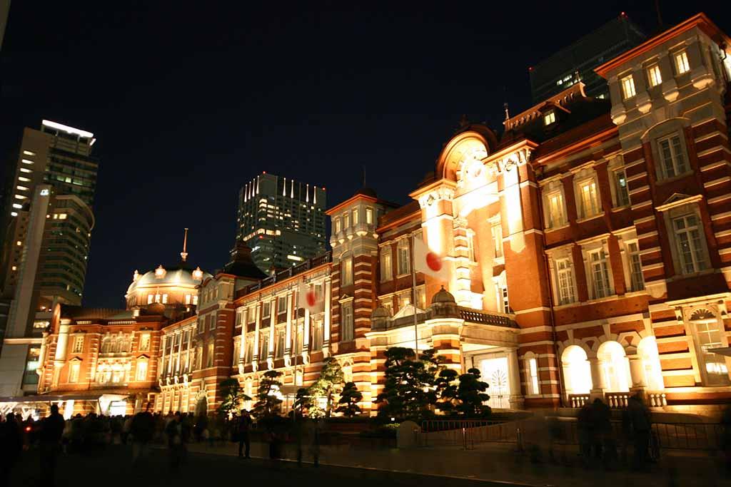 東京駅ライトアップ02